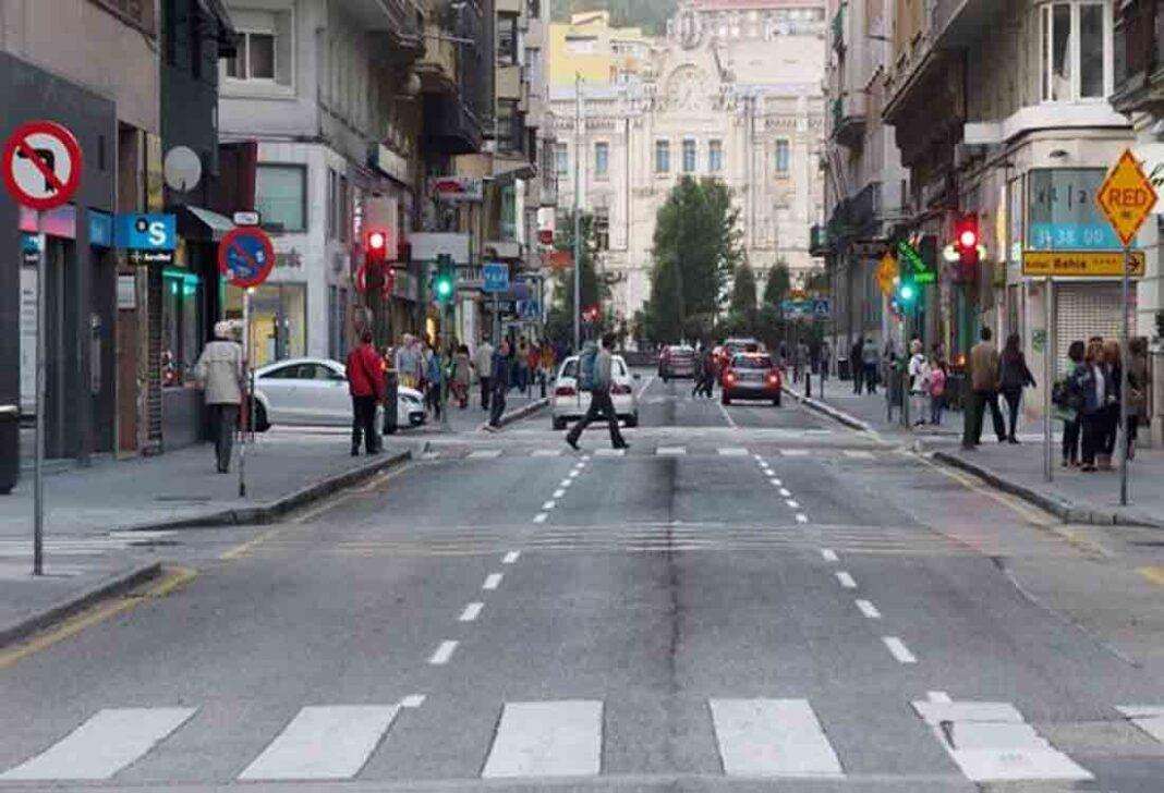 Suprimida la parada de taxi de la calle Isabel II en Santander por obras