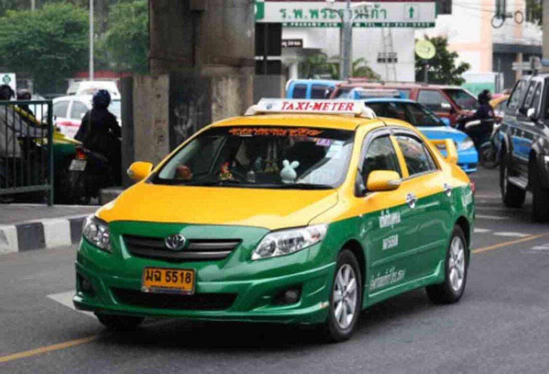 Uber y Lyft van a gastar 90 millones para no dar de alta a los conductores