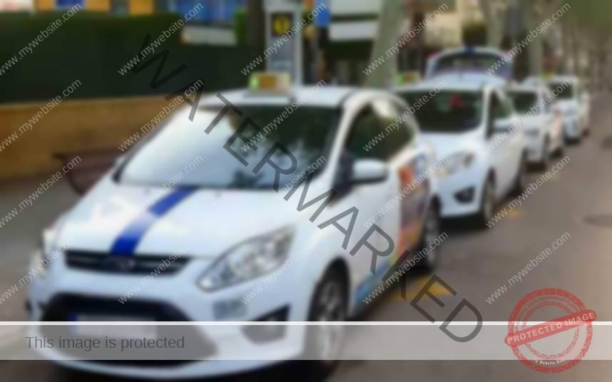 Benidorm pide que se incorporen taxis de 7 plazas