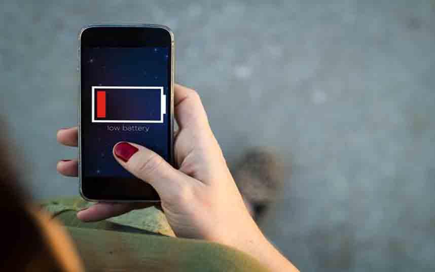 La batería de tu móvil está a punto de agotarse: Uber te cobrará más