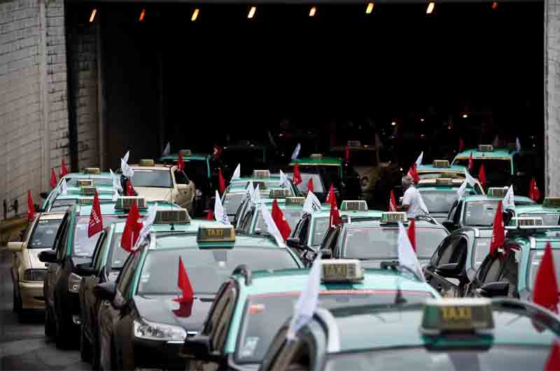 Los taxistas de Lisboa protestan contra Uber