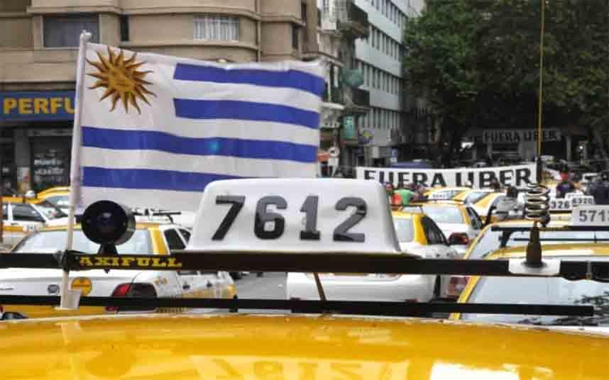 Los taxistas de Uruguay bloqearon un congreso de Uber en Montevideo