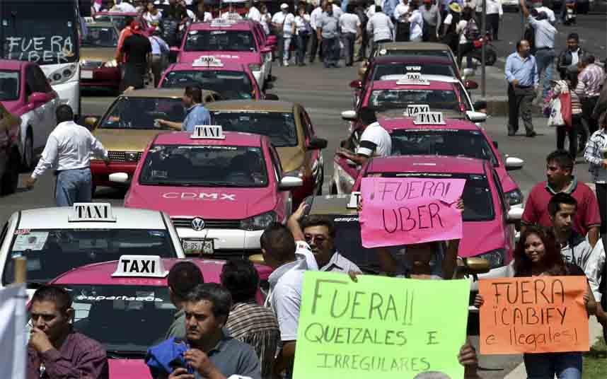 Los taxistas mexicanos contra Uber en CDMX