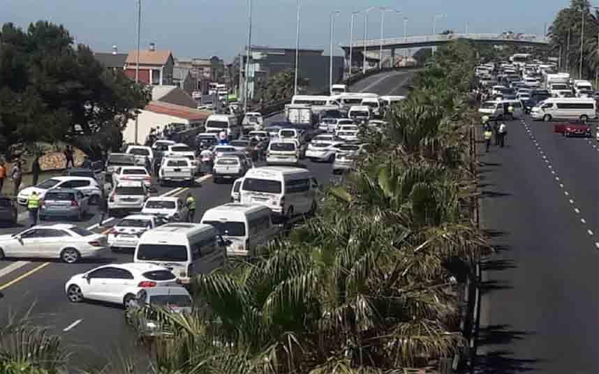 Los taxistas paralizan Ciudad del Cabo