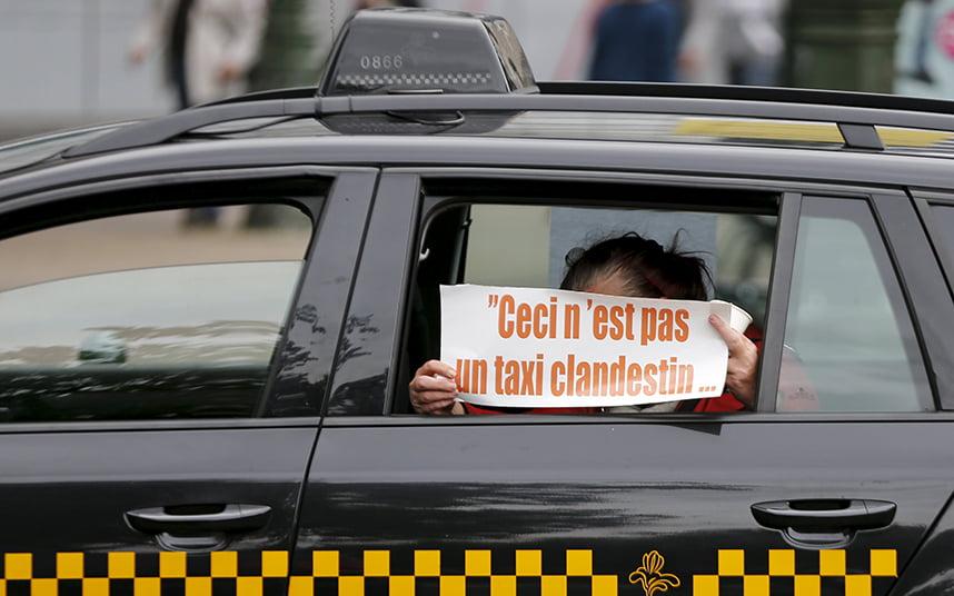 Protesta contra Uber en el centro de Bruselas el 16 de septiembre de 2015