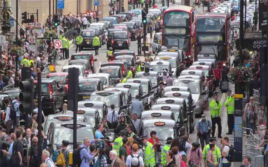 Protesta de Londres contra Uber en junio de 2014