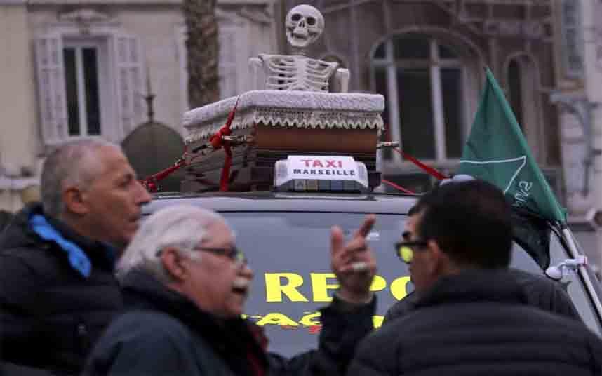 Protesta nacional contra Uber en Marsella