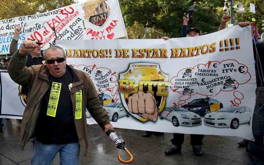Un juez prohíbe operar a Uber en España