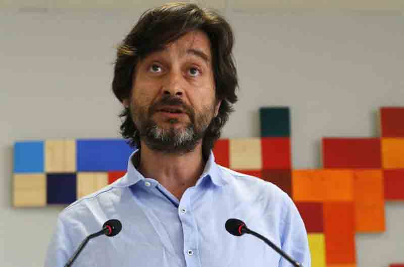 Unidas Podemos incluye en su programa declarar el taxi servicio público de interés general