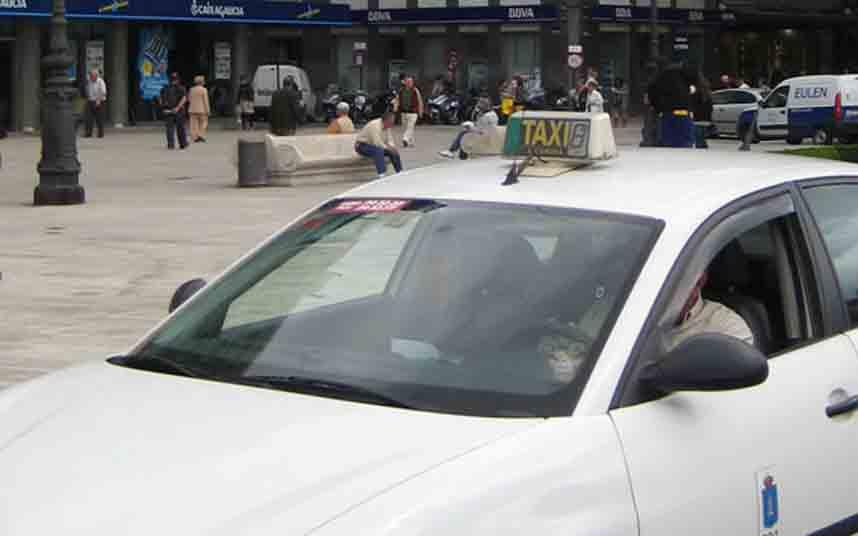 Desciende el número de taxis en Galicia