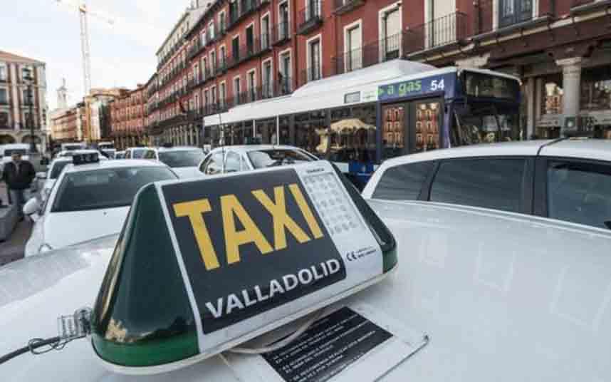El TSJCLM declara nula la Ordenanza del Taxi de Valladolid