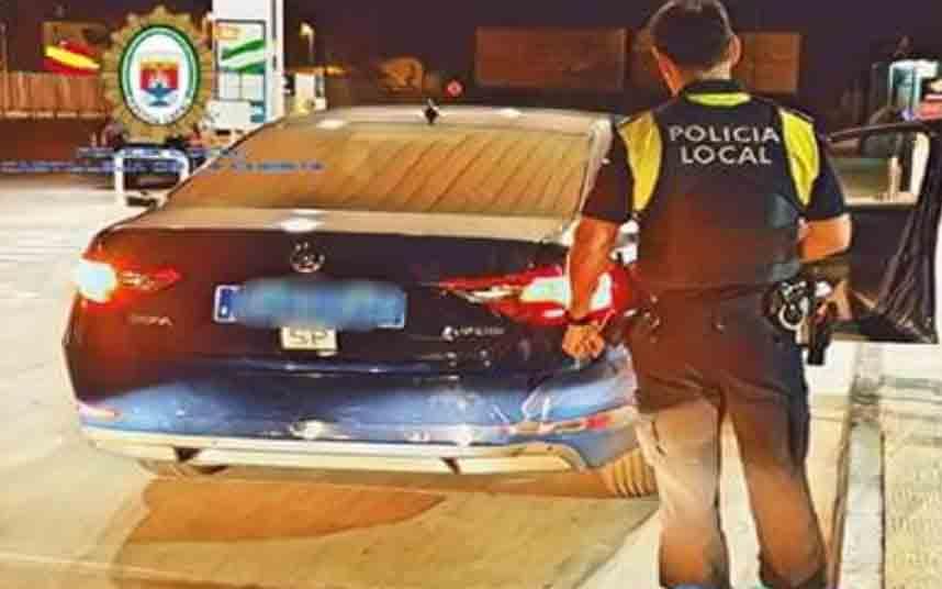 La Policía Local de Castilleja de la Cuesta sanciona a varios VTC