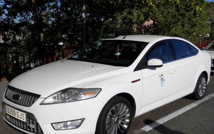 La crisis del taxi rural en la provincia de Ourense