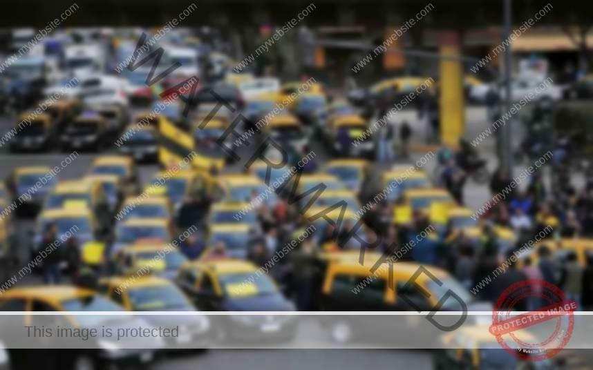 Los taxistas argentinos vuelven a protestar en Buenos Aires contra Uber y Cabify