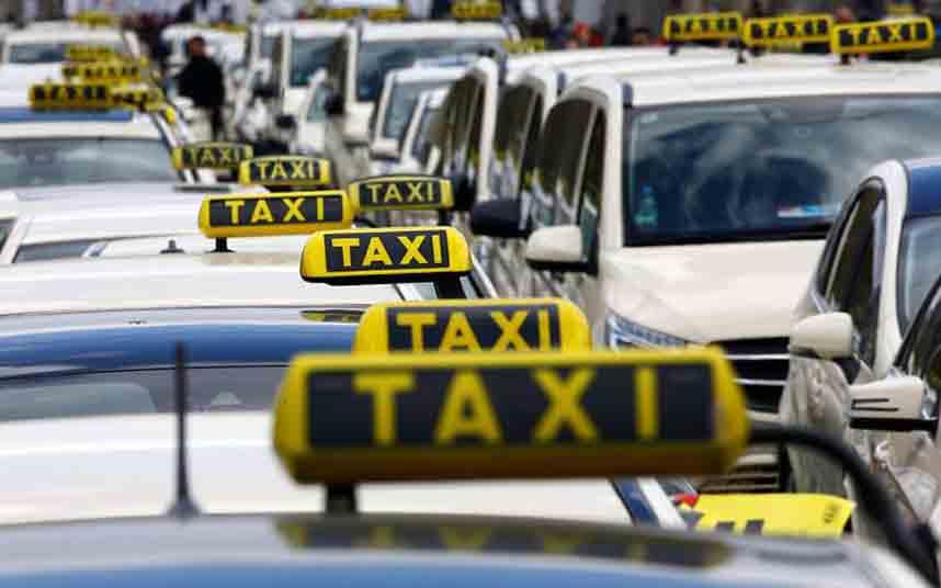 Los taxistas austriacos se manifiestan contra Uber en Viena