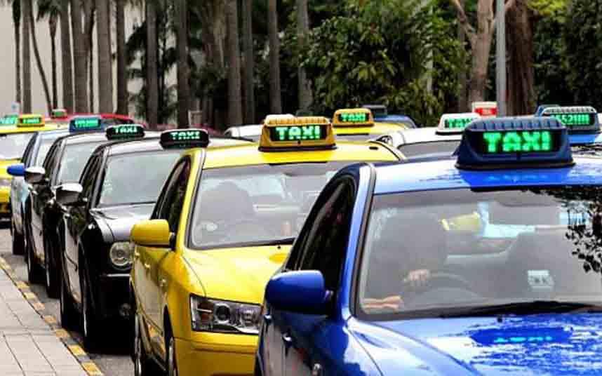 Los taxistas de Singapur salen a la calle a protestar contra Uber y Grab