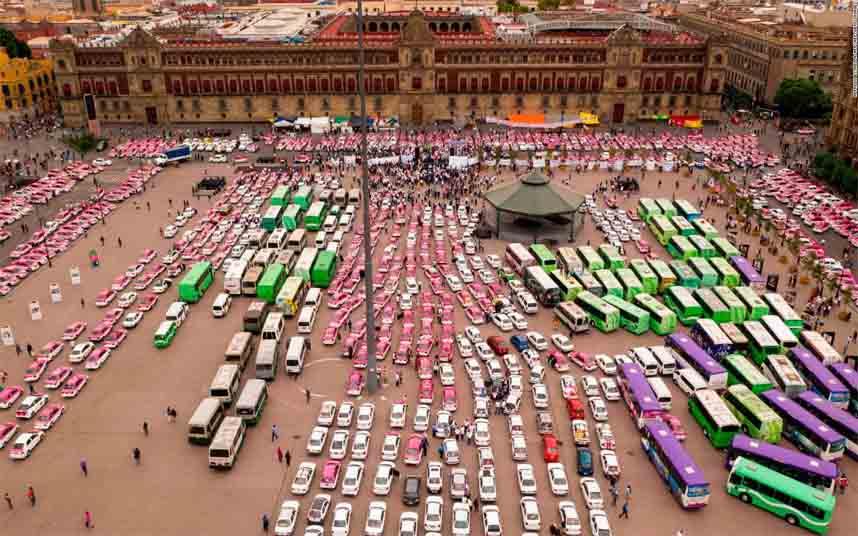 Los taxistas mexicanos contra Uber en Ciudad de México