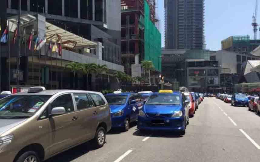 Protesta de los taxistas de Malasia contra Uber y GrabCar