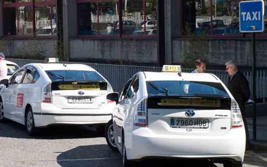 Análisis del taxi en Galicia: VTCs, Seguridad y Transporte Pirata