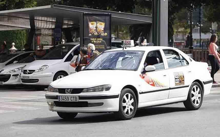 El Ayuntamiento de Murcia subvencionará los taxis bajos de emisiones