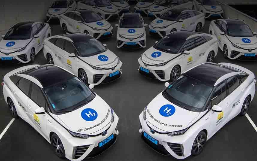 La primera flota de taxis de Holanda movidos por hidrógeno sale a la carretera