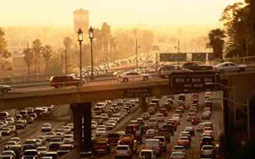 Los Ángeles considera exigir a Uber que sus vehículos sean eléctricos