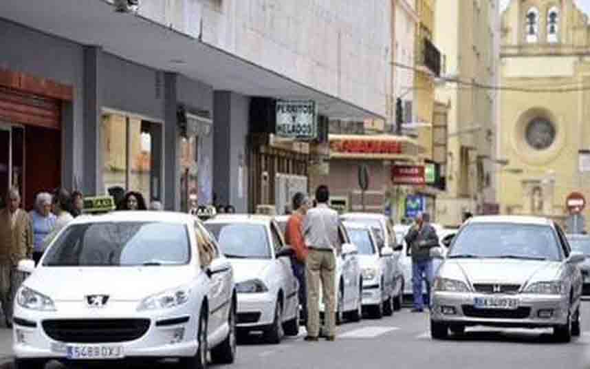 Los taxistas de Badajoz quieren incompatilizar las licencias VTC con el taxi