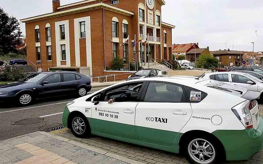 Los taxistas de Valladolid solo podrán recoger pasajeros en sus municipios