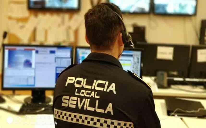 La Policía Local de Sevilla recibe órdenes para no tramitar denuncias contra los VTC