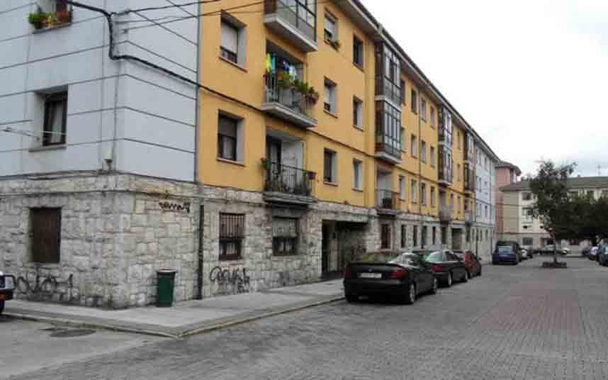 La fiscalía de Asturias solicita 9 años de prisión a un hombre por robo a 3 taxistas