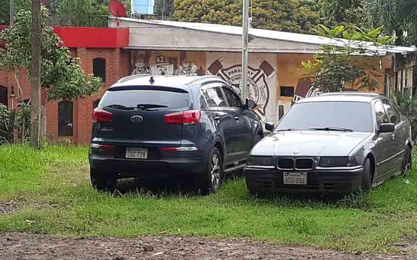 """Los taxistas paraguayos le hacen """"corralito"""" a los Uber"""