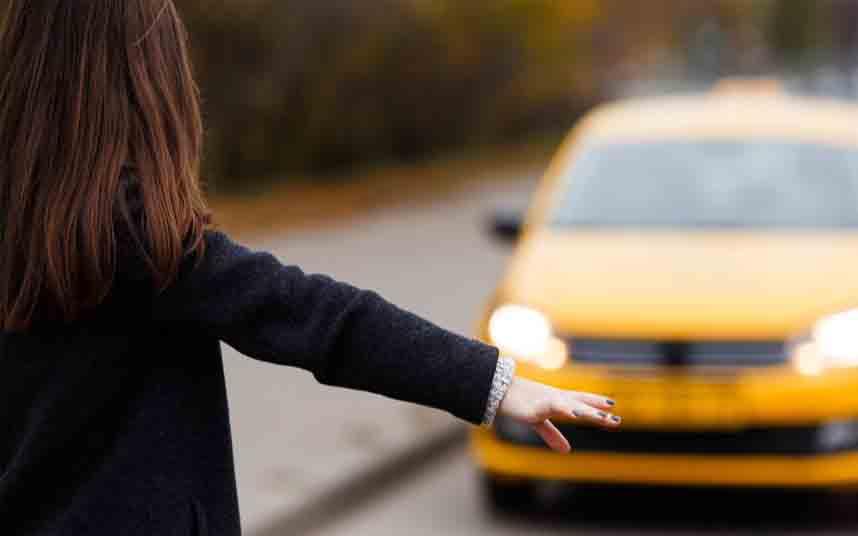 Uber dice que no hará caso a la prohibición de operar en Surrey (Canadá)