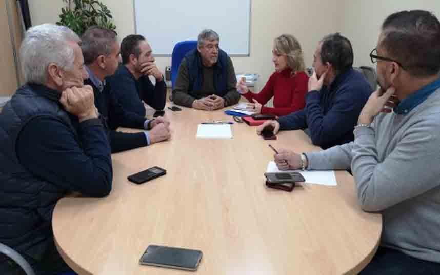 Adelante Sevilla propone una ordenanza para limitar los VTC