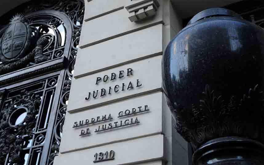 Desestimado el recurso de los taxistas de Uruguay contra Uber y Cabify