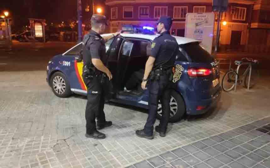 Detenidos en Valencia por dar una paliza a un taxista y robarle el móvil