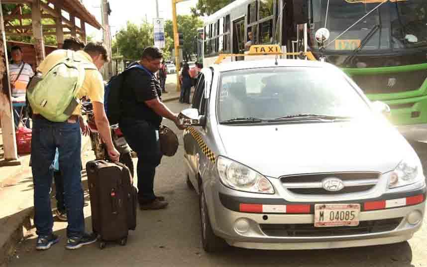 El presidente de Nicaragua advierte a las plataformas de transporte que dejen de operar