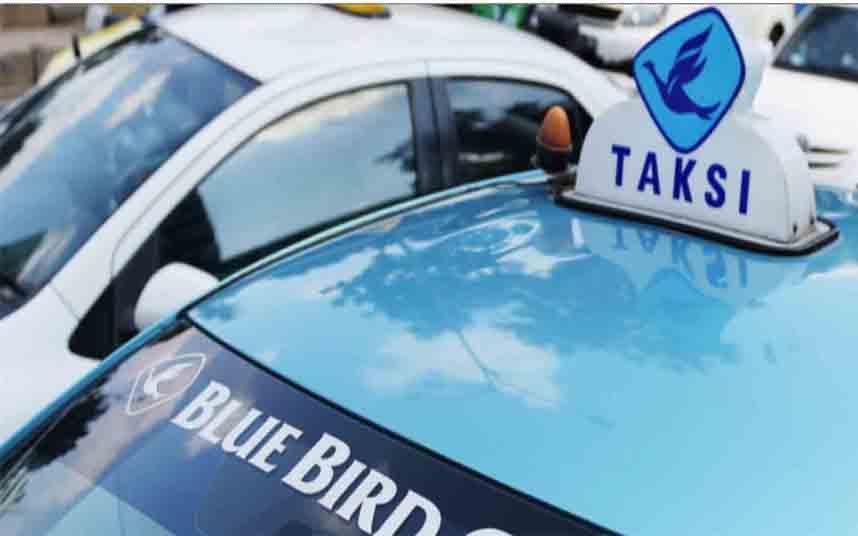 Gojek 30 millones en participaciones del operador de taxi Indonesio Blue Bird