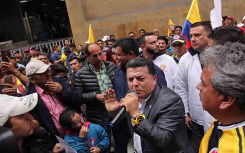 Hugo Ospina dice que la gerrilla de Colombia y las app de transporte son iguales
