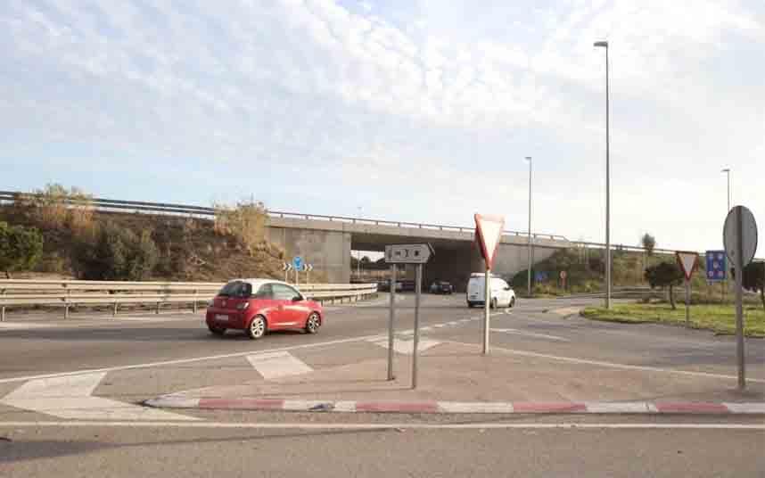 La Fiscalía de Tarragona pide once años de prisión por apuñalar a un taxista