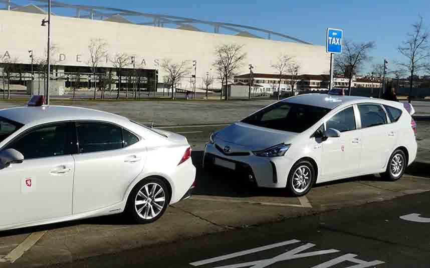 Los taxistas de Zaragoza proponen reducir las tarifas en fechas de poca demanda