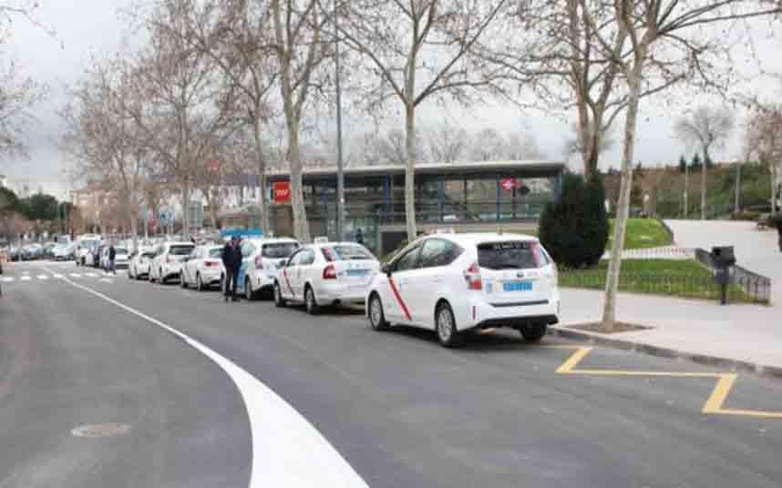 Modificación de la parada de taxi Fuenlabrada Central