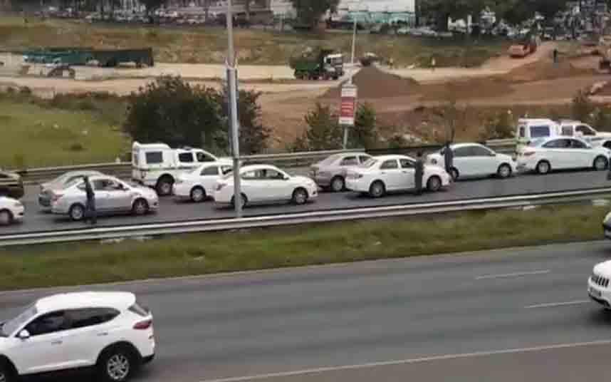 Protesta de los conductores de Bolt y Uber en Johannesburgo
