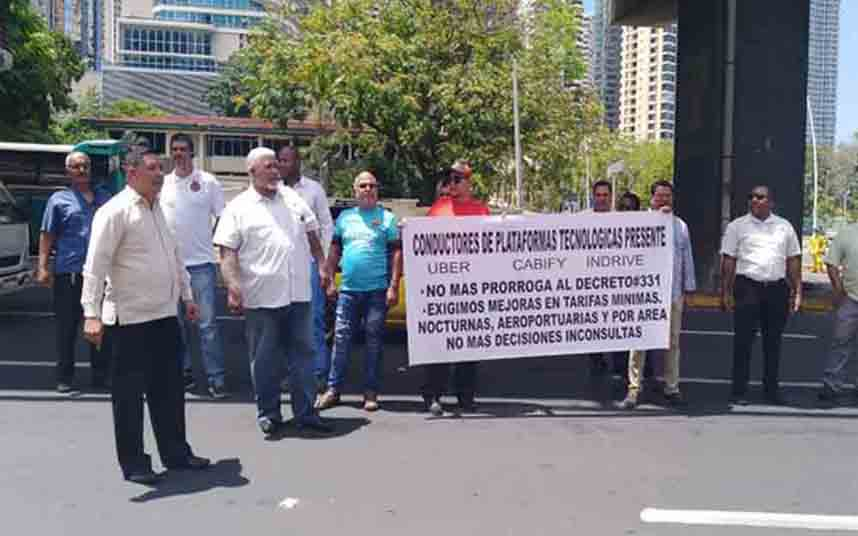 Uber no podrá cobrar en efectivo los servicios que realiza en Panamá