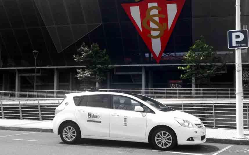 El taxi de Avilés se suma a la reducción de flota por el coronavirus