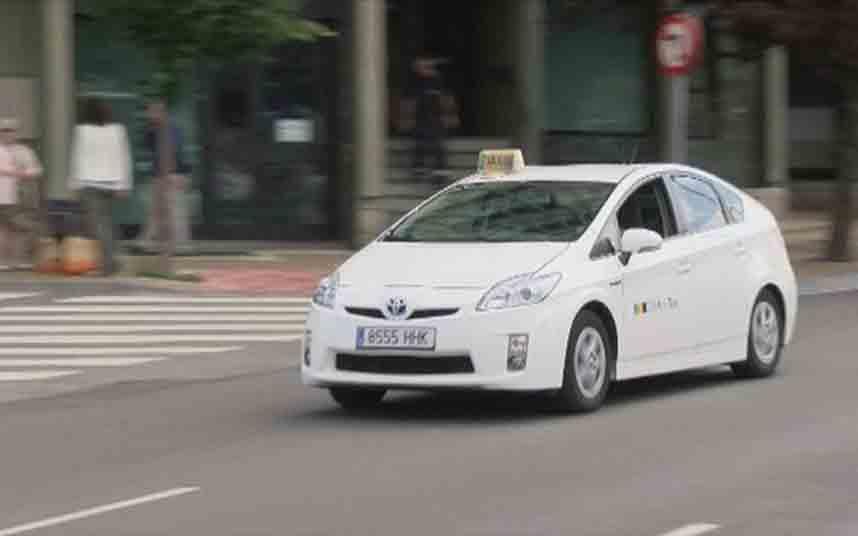 El taxi de la comarca de Pamplona bajo mínimos debido al coronavirus