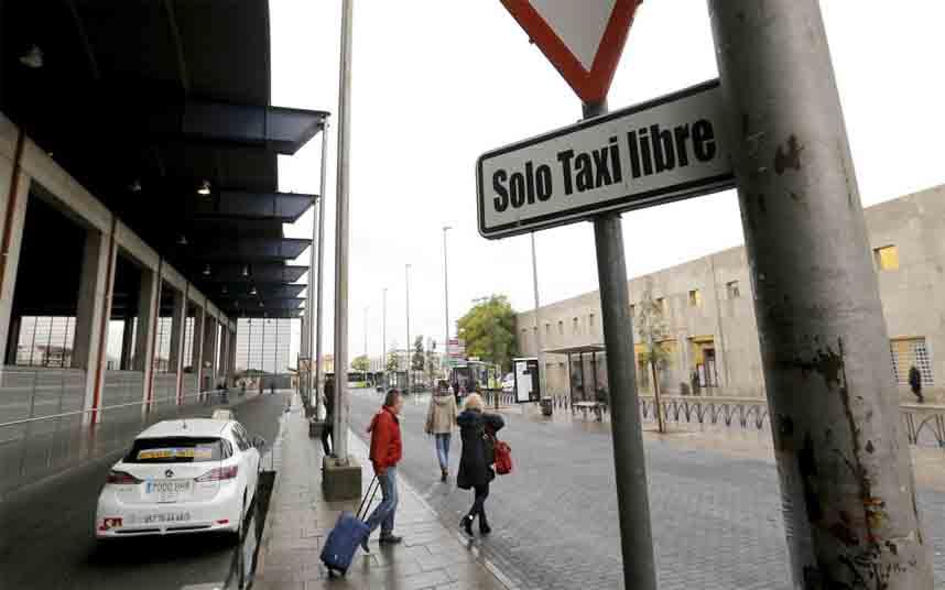 La actividad del Taxi de Córdoba cae también al 90 por ciento