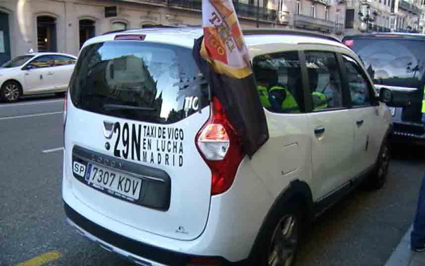 Los taxistas de Vigo proponen taxi compartido con precio cerrado