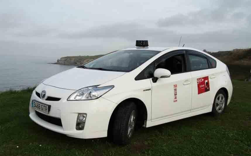 Podemos pide para Gijón el taxi rural compartido