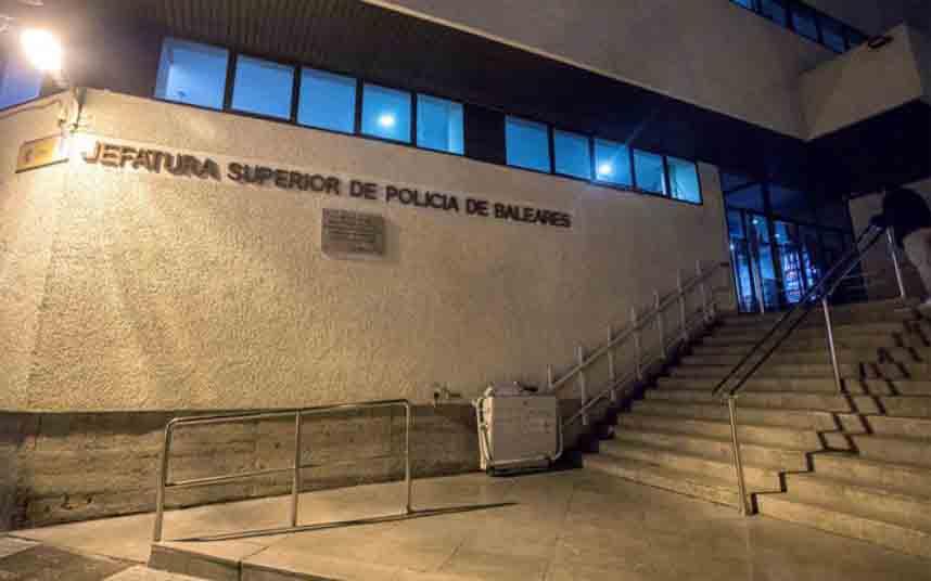 Condenado a dos años y medio de cárcel por robar en dos taxis en Palma