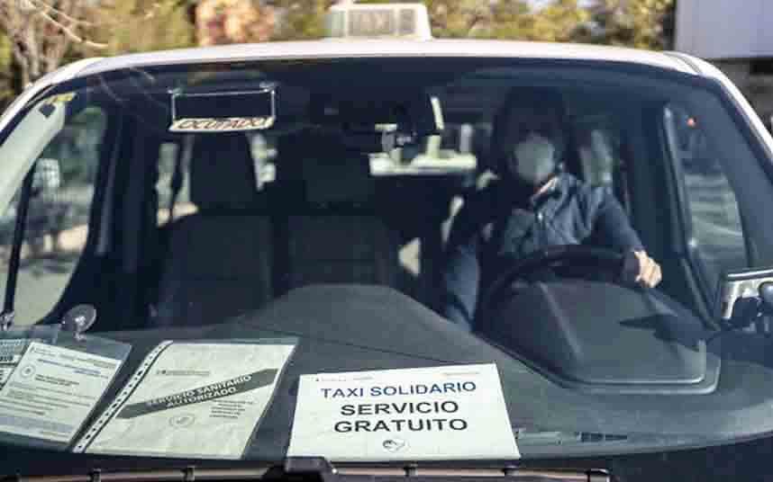 El Gobierno abandona al sector del taxi, abocándolo a la destrucción